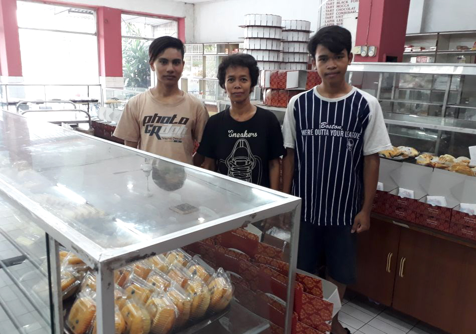 Toko-Roti-Tegal-Matraman-5
